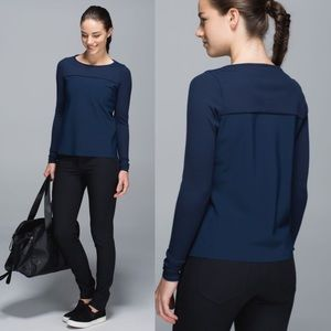 NWT Lululemon Out Of This World Long Sleeve 6 blue